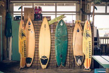 Doradzamy jak wybrać deskę do wakesurfingu