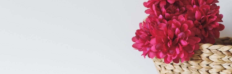 Jak dbać o sztuczne kwiaty, by wyglądały jak żywe?